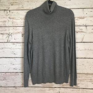 Ann Taylor Gray Turtleneck lightweight sweater